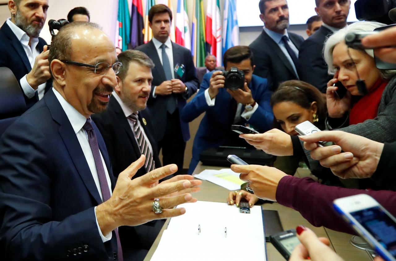 OPEC cuts oil production by 1.2 million barrels a day
