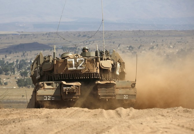 Israel kills 2 Hamas operatives in tank attack
