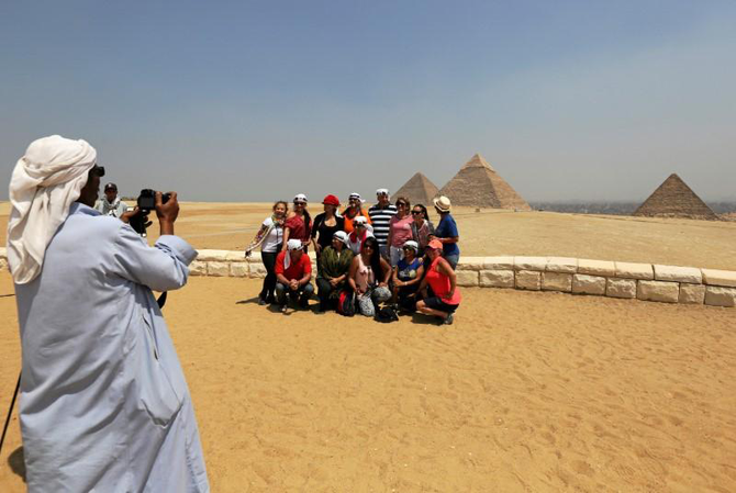 Egyptian tourism records 21.6% decline, halting reform efforts