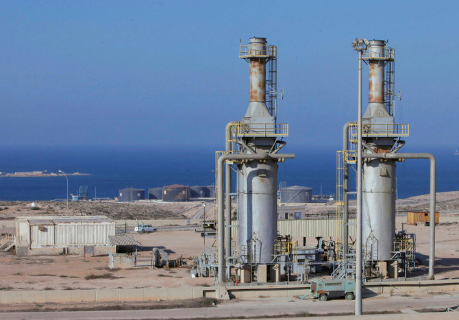 Halt in oil production threatens stability of Libya, UN warns