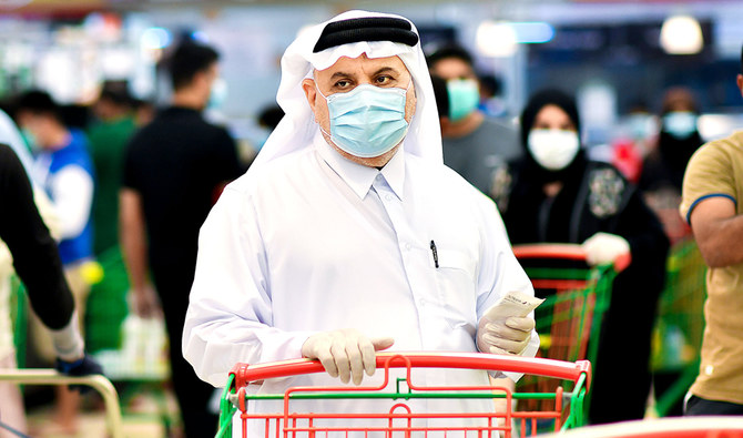 Saudis shun online shopping, flock to malls for Eid despite virus warnings