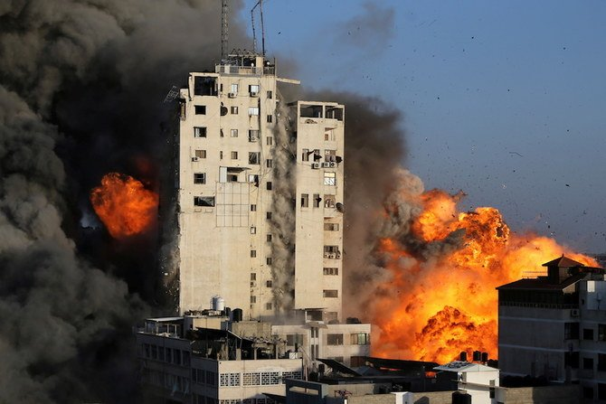 UN peace envoy warns of 'all-out war' as Israeli bombardment of Gaza continues
